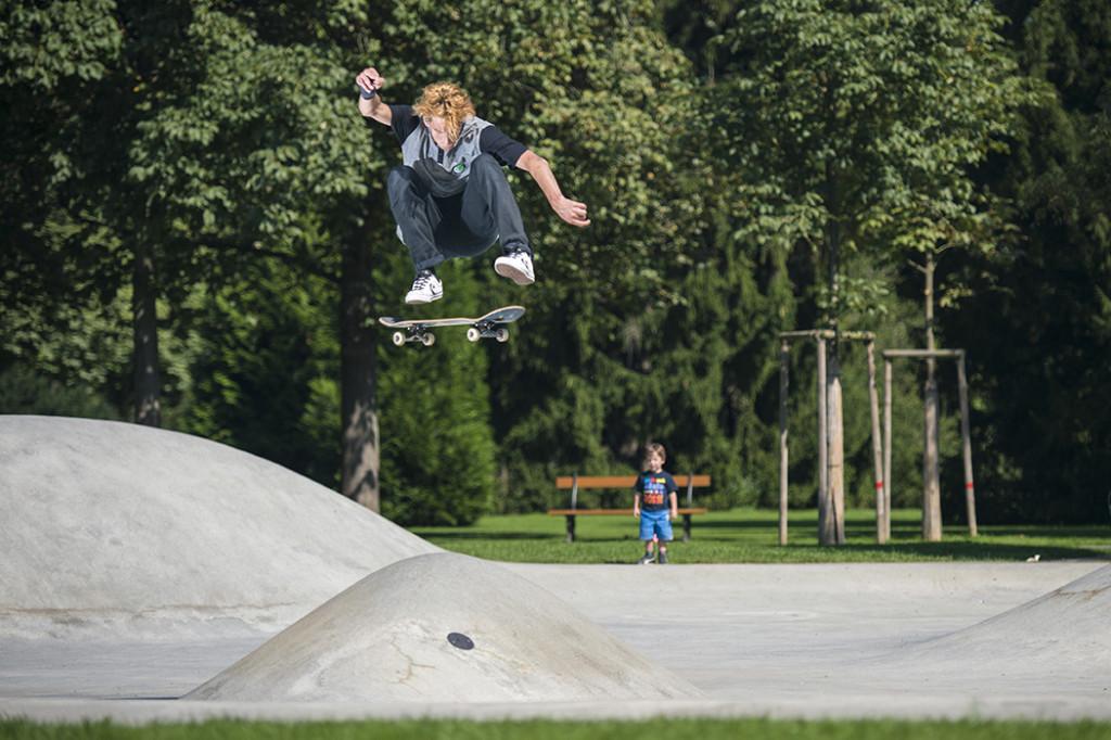 David Loy - Kickflip